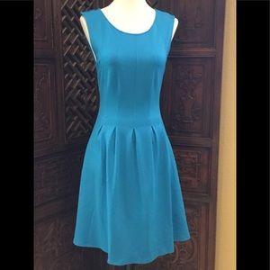 🦋 MONTEAU BLUE DRESS SIZE MEDIUM
